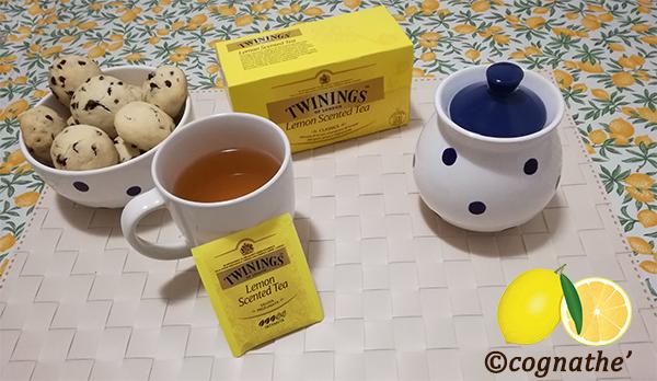 Una buona colazione con thè e biscotti, thè limone twinings, theè, tea, tè, infusi, tisane, ricette, cognathe, bombette, cioccolato, biscotti, cacao