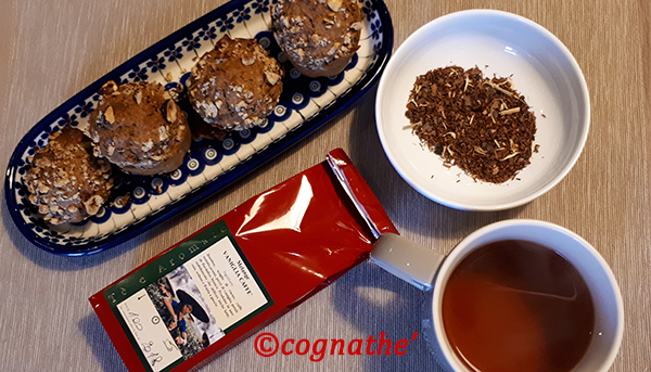 Thè & Muffin merenda fantastica Rooibos cacao vaniglia e caffè erboristeria naturalmente firenze CognaTHE' muffin caffè e nocciole LadiesAreBaking