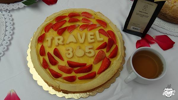 Meeting di Travel 365 CognaTHE' Igea Marina crostata con crema pasticcera e fragole thè bianco alla violetta PETER'S TeaHouse