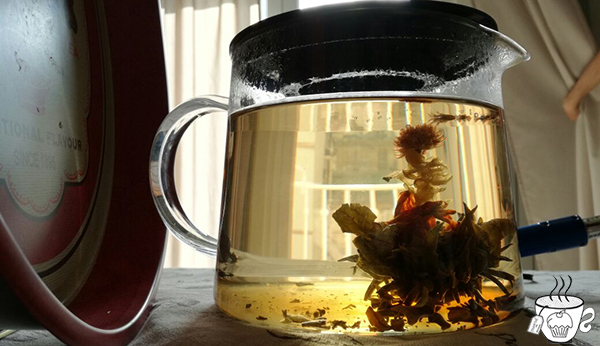 fiore di thè verde Altair Tea muffin al thè verde jasmin gelsomino cioccolato bianco vaniglia federica brunini cognathe