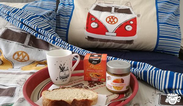 Pane in casa e tisana zenzero e cannella yogi tea cognaTHE'