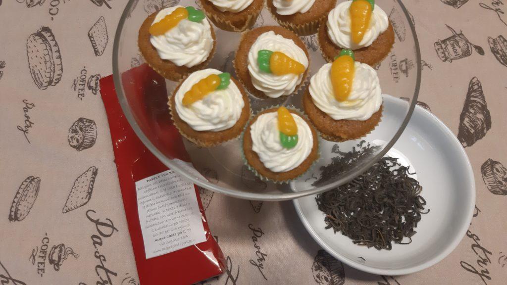Degustazione di tè a casa, tè, the, tea, tisana, infusi, infusione, cognahe, cognathe blog, blog, ricette, dolci, biscotti, infusi, tè viola, mini carrot cake, dolci con carote