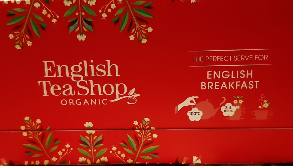 English Breakfast della English Tea Shop, English Tea Shop, tè nero, black tea, English Breakfast, merenda con crostata e tè nero